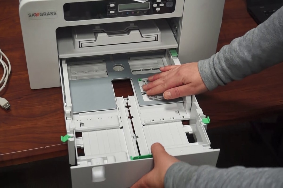 Installing Paper in SG400 SG800 Printer | Coastal Business