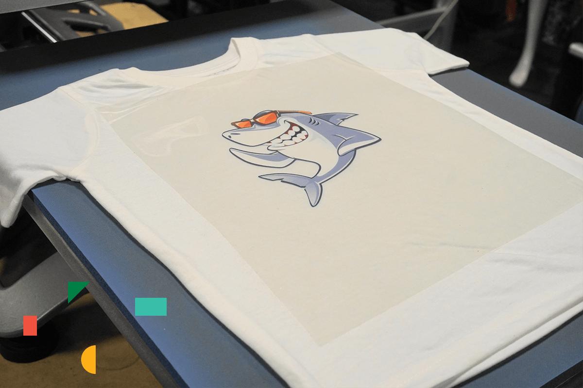 Pressing T-Shirt with Siser EasySubli Vinyl | Coastal Business